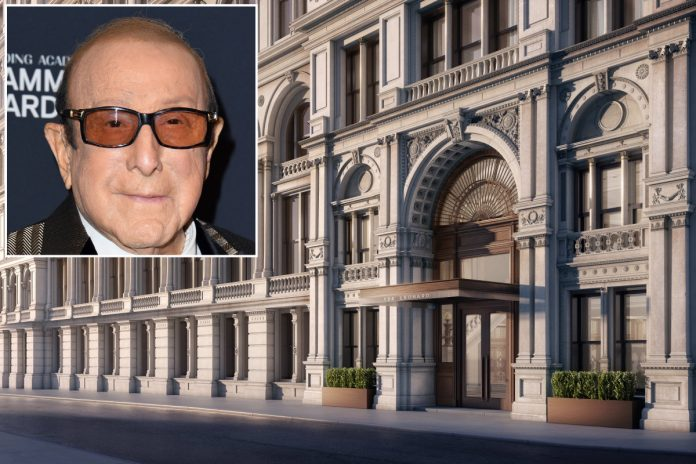 Clive Davis buys $4.6M Tribeca spread in celeb-filled building