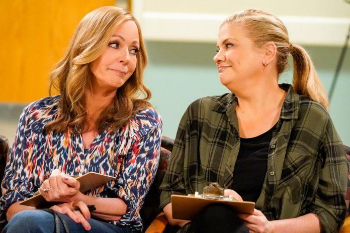 CBS sitcom 'Mom' to end with Season 8