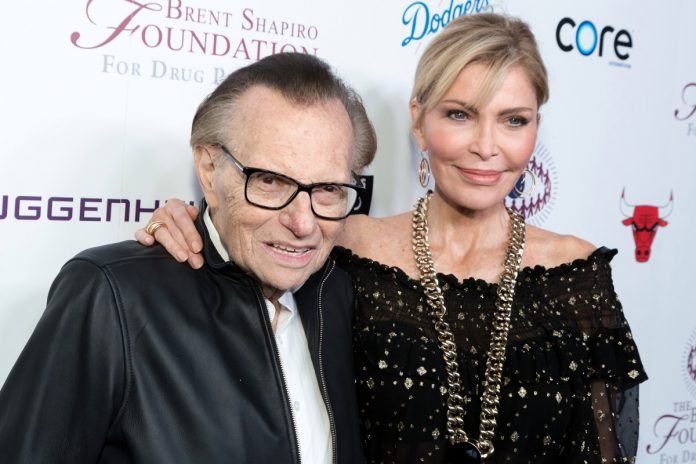 Larry King's widow, Shawn King, to contest his secret will in court