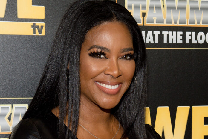 Kenya Moore's Video At The Beach Has Fans' Jaws Dropping - Watch It Here